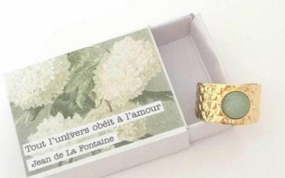 « Illustres bidules » : des bijoux à l'âme poétique